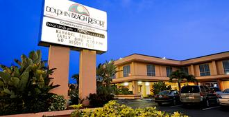 Dolphin Beach Resort - St. Pete Beach - Edificio