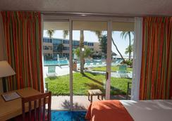 Dolphin Beach Resort - St. Pete Beach - Chambre