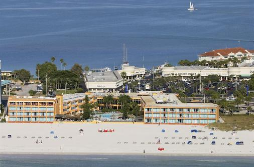 Dolphin Beach Resort - Saint Pete Beach - Beach