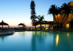 Dolphin Beach Resort - Saint Pete Beach - Piscina