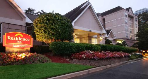 Residence Inn by Marriott Atlanta Buckhead/Lenox Park - Atlanta - Building