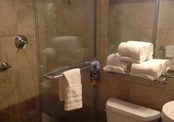 Hyde Park Hotel Tampa - Tampa - Bathroom