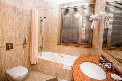 Europe Hotel - Krasnodar - Kylpyhuone