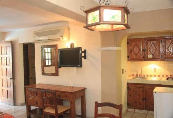 Hotel Hacienda Maria Eugenia - Acapulco - Kitchen