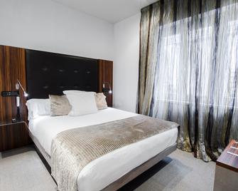 Petit Palace Tamarises - Getxo - Bedroom