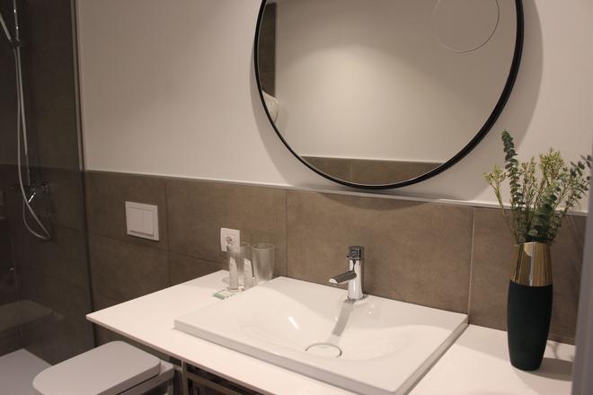 Icon Rosetó By Petit Palace - Palma de Mallorca - Bathroom