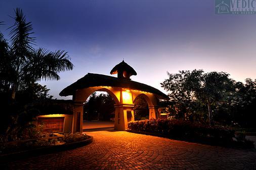最佳西方韋達村度假村 - 加爾各答 - 加爾各答 - 建築