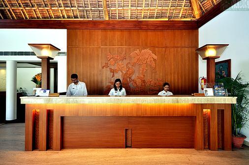 最佳西方韋達村度假村 - 加爾各答 - 加爾各答 - 櫃檯