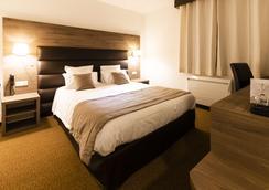 Hotel Bastide - Onet-le-Château - Bedroom