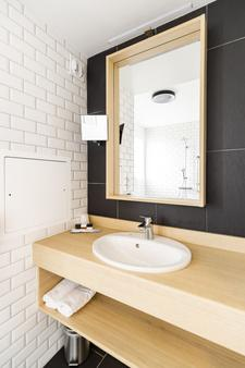 Hotel Bastide - Onet-le-Château - Bathroom