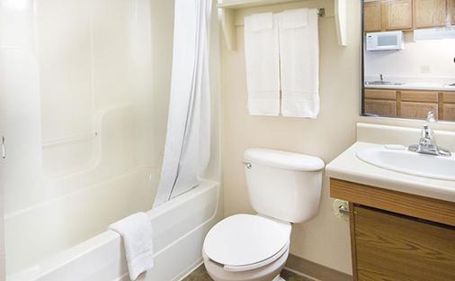 Woodspring Suites Atlanta Chamblee - Atlanta - Phòng tắm