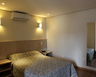 Golden Hotel - Chapecó - Bedroom