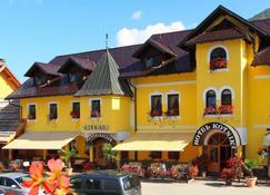 Hotel Kotnik - Kranjska Gora - Building