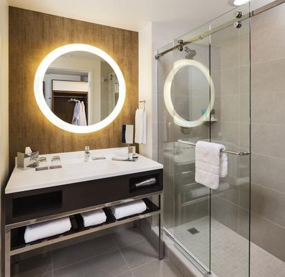 布魯明頓明尼阿波利斯凱悅酒店 - 布隆明頓 - 布盧明頓 - 浴室