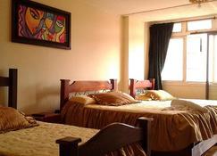 Casa Hotel Del Norte - Armenia - Habitación