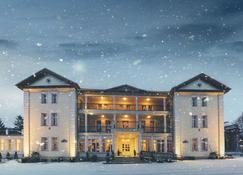 Hotel Impresja - Duszniki-Zdrój - Building
