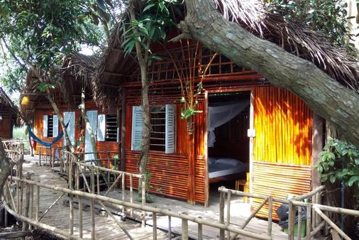 Ivory Bamboo Orchard Resort - Cần Thơ - Building