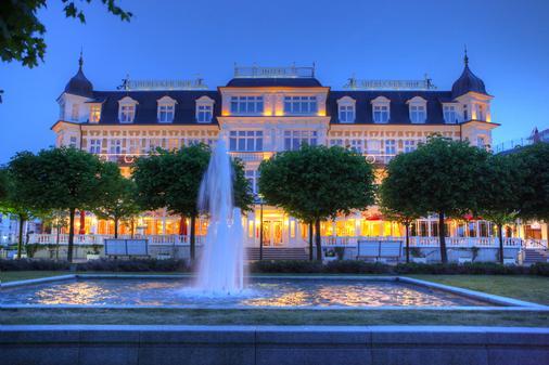Seetelhotel Ahlbecker Hof - Heringsdorf - Rakennus