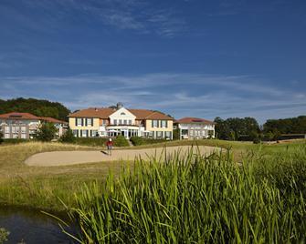 Best Western Premier Castanea Resort Hotel - Luneburg - Building