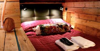 Guesthouse 1X6 - קפלאביק