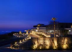 Infinito Hotel&spa Nanki-Shirahama - Shirahama - Κτίριο