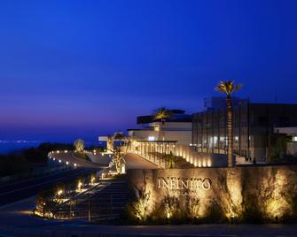 Infinito Hotel&spa Nanki-Shirahama - Shirahama - Budova