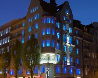 Cascada Boutique Hotel - Люцерн - Building