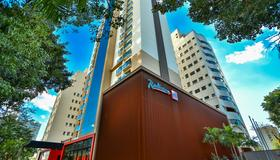 Radisson RED Campinas - Campinas - Building