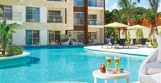 Residences at The Fives - Playa del Carmen - Building