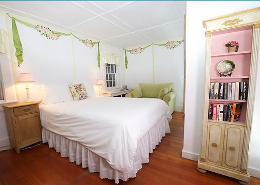 The Summer House Fair Street - Nantucket - Bedroom