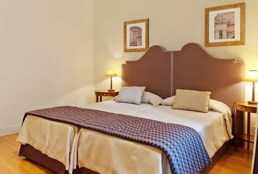 Hotel Cortina - Rome - Bedroom