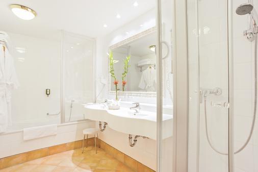 Hotel Prinzregent München - Munich - Bathroom