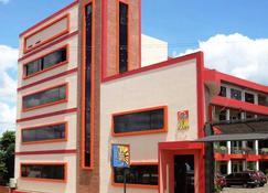 Arthur Palace Hotel - Encarnación - Edificio