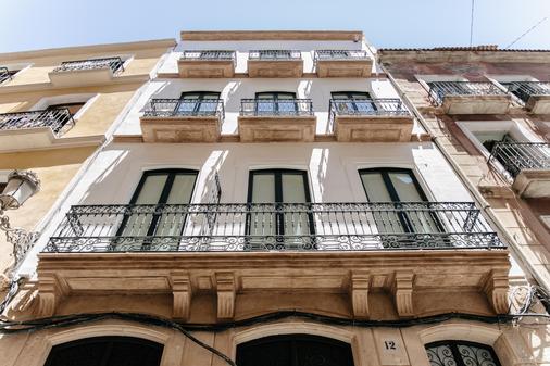 Apartamentos Tito San Nicolas - Alicante - Toà nhà