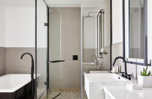 The William Vale - Brooklyn - Bathroom