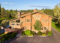 Duck Inn - Whitefish - Building