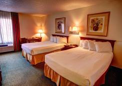 Quality Inn - Hillsboro - Bedroom