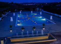 Complex Eos - Iaşi - Pool