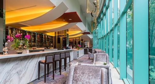 察殿曼谷河畔豪華酒店 - 曼谷 - 酒吧