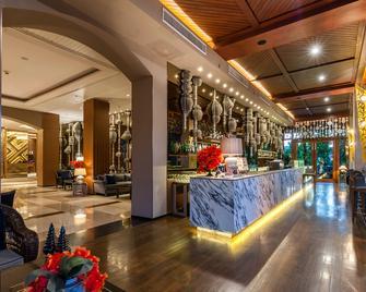 Chatrium Hotel Royal Lake Yangon - Yangon - Lounge