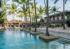 Chatrium Hotel Royal Lake Yangon - Yangon - Uima-allas