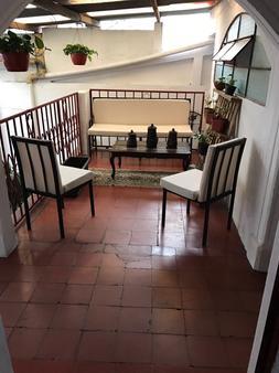 Hostel la Quinta - Antigua Guatemala - Balcón