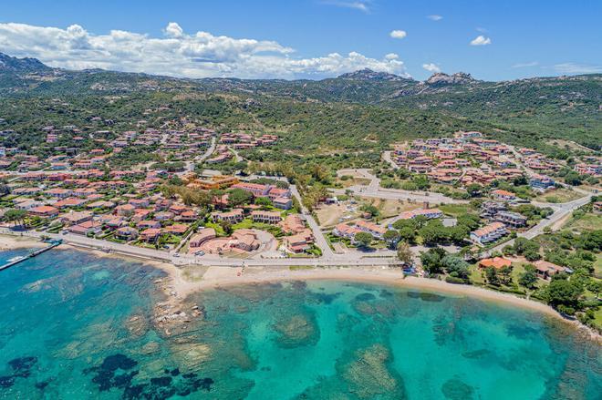 Blu Hotel Laconia Village - Arzachena - Παραλία
