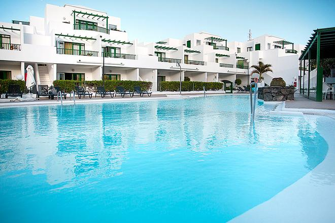 El Guarapo Apartamentos - Costa Teguise - Pool