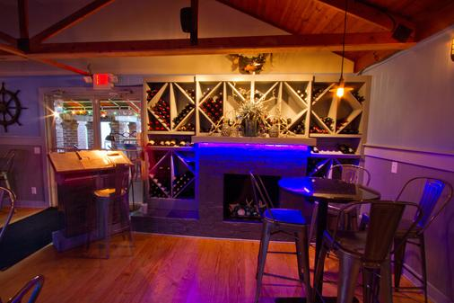 The Inlet Sports Lodge - Murrells Inlet - Bar