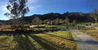 Woolshed Bed & Breakfast - Takaka - Outdoor view