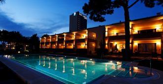 Deluxe Villas Don Carlos Resort - Marbella - Pool