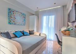 Avatel Eco Lodge - Kriopigi - Living room