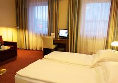 Hotel Central - Hamburg - Bedroom