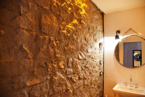 Palais La Nasse Sanremo Atelier Rooms - Sanremo - Salle de bain